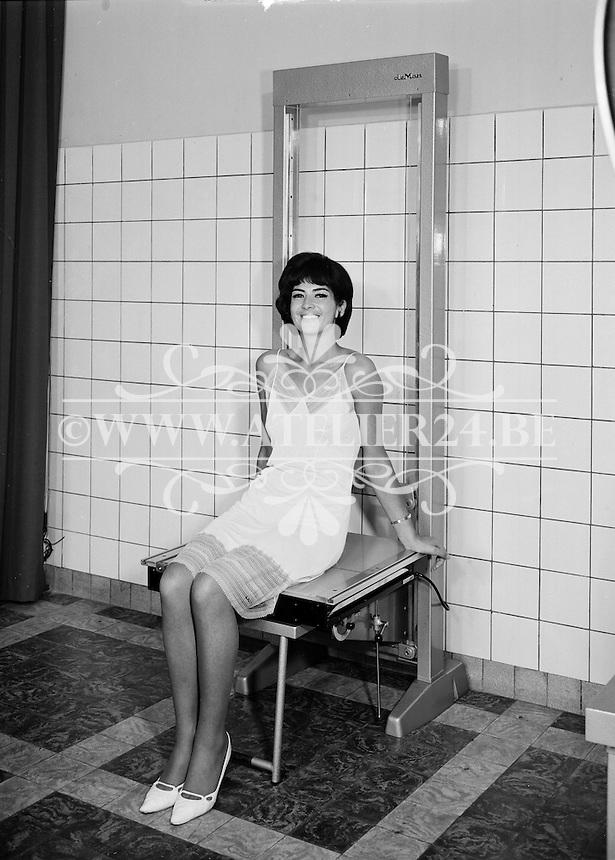 September 1963. Radiologie De Man.