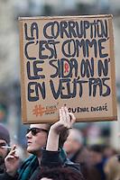 RASSEMBLEMENT CONTRE LA CORRUPTION ORGANISE PAR LE COLLECTIF NUIT DEBOUT PLACE DE LA REPUBLIQUE, LE 19 FEVRIER 2017 A PARIS.
