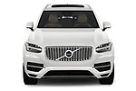 Car photography straight front view of a 2018 Volvo XC90 T8 Twin Engine Plug-in Inscription 5 Door SUV