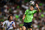 Keunho of Jeonbuk Hyundai Motors (R), Jungya of Gamba Osaka (L). Jeonbuk Hyundai Motors vs Gamba Osaka during the 2015 AFC Champions League Quarter-Final 1st Leg match on August 26, 2015 at the Jeonju World Cup Stadium, in Jeonju, Korea Republic. Photo by Xaume Olleros /  Power Sport Images