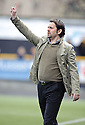Alloa boss Paul Hartley.
