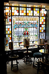 United Kingdom, England, London: The Old Bell Tavern on Fleet Street | Grossbritannien, England, London: Innenaufnahme der Old Bell Tavern in der Fleet Street