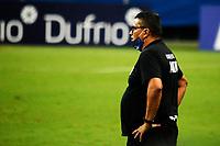 PORTO ALEGRE, (RS), 19.03.2021 - GREMIO - AIMORE – O técnico Gilson Maciel, da equipe do Aimoré, na partida entre Grêmio e Aimoré, válida pela 5ªrodada do Campeonato Gaúcho 2021, no estádio Arena do Grêmio, em Porto Alegre, nesta sexta-feira (19).
