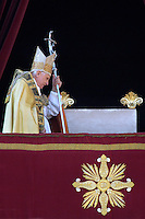 Pope Benedict XVI delivers the Easter 'Urbi et Orbi' (to the city and the world) benediction in Saint Peter's Square at the Vatican April 8, 2007