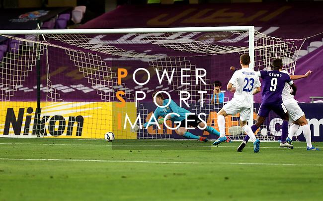Al Ain vs Pakhtakor during the 2015 AFC Champions League Group B match on April 07, 2015 at the Hazza Bin Zayed Stadium in Al Ain, UAE. Photo by Adnan Hajj / World Sport Group