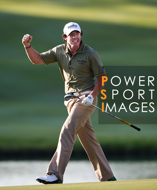 Rory McIlroy sinks the winning putt the UBS Hong Kong Golf Open 2011 at Fanling Golf Course in Hong Kong on 4 December 2011. Photo © Victor Fraile / The Power of Sport Images