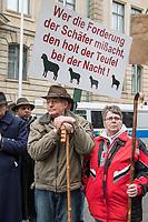 Demonstration in Berlin am Dienstag den 13. Maerz 2018 von Schaeferinnen und Schaefer aus dem ganzen Bundesgebiet fuer die Einfuehrung einer Weidetierpraemie in Berlin vor dem Bundesministerium fuer Ernaehrung und Landwirtschaft.<br /> Der Bundesverband Berufsschaefer e.V. fordert eine Praemie von 38,- Euro ab 2019 fuer jedes Mutterschaf und jede Mutterziege, denn anders sieht er kaum Ueberlebenschancen fuer die Branche.<br /> Zur Unterstuetzung des Protest haben Schaefer ca. zwei Dutzend Schafe mit vor das Ministerium gebracht.<br /> 13.3.2018, Berlin<br /> Copyright: Christian-Ditsch.de<br /> [Inhaltsveraendernde Manipulation des Fotos nur nach ausdruecklicher Genehmigung des Fotografen. Vereinbarungen ueber Abtretung von Persoenlichkeitsrechten/Model Release der abgebildeten Person/Personen liegen nicht vor. NO MODEL RELEASE! Nur fuer Redaktionelle Zwecke. Don't publish without copyright Christian-Ditsch.de, Veroeffentlichung nur mit Fotografennennung, sowie gegen Honorar, MwSt. und Beleg. Konto: I N G - D i B a, IBAN DE58500105175400192269, BIC INGDDEFFXXX, Kontakt: post@christian-ditsch.de<br /> Bei der Bearbeitung der Dateiinformationen darf die Urheberkennzeichnung in den EXIF- und  IPTC-Daten nicht entfernt werden, diese sind in digitalen Medien nach §95c UrhG rechtlich geschuetzt. Der Urhebervermerk wird gemaess §13 UrhG verlangt.]