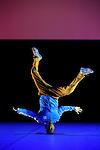 DON QUICHOTTE DU TROCADERO....Chorégraphie, scénographie et conception vidéo José Montalvo..Participation artistique Patrice Thibaud..Costumes José Montalvo, Siegrid Petit-Imbert..Musique Léon Minkus..Arrangeur, compositeur musiques actuelles Sayem..Lumières Gilles Durand, Vincent Paoli..Collaborateurs artistiques à la vidéo Pascal Minet, Sylvain Decay..Infographie Jocelyn Casanova, Sylvain Decay, Clio Gavagni, Michel Jaen Montalvo, Basile Maffone..Créé et interprété par Patrice Thibaud, Natacha Balet, Lucie Dubois, Nathalie Fauquette, Sandra Mercky, Jennifer Suire dite Pookie, Sharon Sultan, Abdelkader Benabdallah dit Abdallah, Warenne Adien dit Desty Wa, Simhamed Benhalima dit Seam Dancer, Jérémie Champagne, Lazaro Cuervo Costa, Blaise Kouakou, Roberto Pani dit Bobo..Le 10/01/2013..Lieu : Théâtre National de Chaillot..Ville : PARIS..© Laurent Paillier / photosdedanse.com..All rights reserved