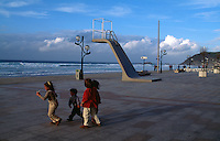 Zarautz, Strandpromenade, Baskenland (Euskadi), Spanien