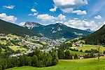 Italy, South Tyrol (Trentino - Alto Adige), Dolomites, Ortisei at Val Gardena   Italien, Suedtirol, Dolomiten, St. Ulrich im Groednertal