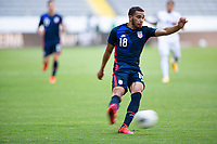 GUADALAJARA, MEXICO - MARCH 28: Hassani Dotson #18 of the United States passes off the ball during a game between Honduras and USMNT U-23 at Estadio Jalisco on March 28, 2021 in Guadalajara, Mexico.
