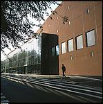 La nuova città di Torino, completata per le olimpiadi del 2006. Il Palaghiaccio Tazzoli.