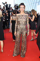 Iris Mittenaere sur le tapis rouge pour la projection du film en competition OKJA lors du soixante-dixiËme (70Ëme) Festival du Film ‡ Cannes, Palais des Festivals et des Congres, Cannes, Sud de la France, vendredi 19 mai 2017.