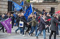 """#EuropaDemo von """"Pulse of Europe"""" am Sonntag den 5. Mai 2019 auf dem Berliner Gendarmenmarkt.<br /> Als Redenerin war u.a. Annegret Kramp-Karrenbauer, Bundesvorsitzende der CDU eingeladen.<br /> Im Bild: Demonstrationsteilnehmer tanzen zum Abschluss der Kundgebung.<br /> 5.5.2019, Berlin<br /> Copyright: Christian-Ditsch.de<br /> [Inhaltsveraendernde Manipulation des Fotos nur nach ausdruecklicher Genehmigung des Fotografen. Vereinbarungen ueber Abtretung von Persoenlichkeitsrechten/Model Release der abgebildeten Person/Personen liegen nicht vor. NO MODEL RELEASE! Nur fuer Redaktionelle Zwecke. Don't publish without copyright Christian-Ditsch.de, Veroeffentlichung nur mit Fotografennennung, sowie gegen Honorar, MwSt. und Beleg. Konto: I N G - D i B a, IBAN DE58500105175400192269, BIC INGDDEFFXXX, Kontakt: post@christian-ditsch.de<br /> Bei der Bearbeitung der Dateiinformationen darf die Urheberkennzeichnung in den EXIF- und  IPTC-Daten nicht entfernt werden, diese sind in digitalen Medien nach §95c UrhG rechtlich geschuetzt. Der Urhebervermerk wird gemaess §13 UrhG verlangt.]"""