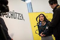 """Pressekonferenz von Amnesty International Deutschland anlaesslich des """"Tag der Menschenrechte"""".<br /> Die Menschenrechtsorganisation Amnesty International Deutschland fuehrte in Berlin am Mittwoch den 9. Dezember 2015 einen Tag vor dem sog. """"Tag der Menschenrechte"""" eine Pressekonferenz durch. Die Generalsekretaerin von Amnesty International in Deutschland, Selmin Caliskan berichtete von der momentanen Situation fuer Fluechtlinge in Deutschland und auf dem Weg ihrer Flucht.<br /> Der syrische Aktivist Jaqar Khoen Mullah Ahmed berichtete von seiner Inhaftierung in Syrien, seiner Folter und seiner Flucht nach Deutschland. Er wurde in Syrien monatelang inhaftiert, weil er sich u.a. politisch gegen das Regime engagierte und journalistisch taetig war.<br /> Die Amnesty-Researcherin fuer Flucht und Migration, Khairunissa Dhala, berichtete ueber die Situation fuer Fluechtlinge im Libanon in Jordanien.<br /> Im Bild: Selmin Caliskan.<br /> 9.12.2015, Berlin<br /> Copyright: Christian-Ditsch.de<br /> [Inhaltsveraendernde Manipulation des Fotos nur nach ausdruecklicher Genehmigung des Fotografen. Vereinbarungen ueber Abtretung von Persoenlichkeitsrechten/Model Release der abgebildeten Person/Personen liegen nicht vor. NO MODEL RELEASE! Nur fuer Redaktionelle Zwecke. Don't publish without copyright Christian-Ditsch.de, Veroeffentlichung nur mit Fotografennennung, sowie gegen Honorar, MwSt. und Beleg. Konto: I N G - D i B a, IBAN DE58500105175400192269, BIC INGDDEFFXXX, Kontakt: post@christian-ditsch.de<br /> Bei der Bearbeitung der Dateiinformationen darf die Urheberkennzeichnung in den EXIF- und  IPTC-Daten nicht entfernt werden, diese sind in digitalen Medien nach §95c UrhG rechtlich geschuetzt. Der Urhebervermerk wird gemaess §13 UrhG verlangt.]"""