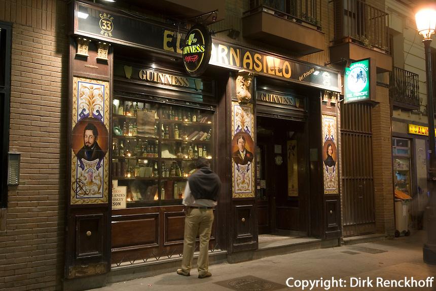Spanien, English Pub im Viertel Huertas  in Madrid