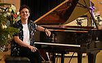 Jamie Cullum gives away his priceless Yamaha S6 Grand Piano to a school