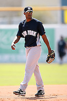 February 25, 2009:  Shortstop Eduardo Nunez (92) of the New York Yankees during a Spring Training game at Dunedin Stadium in Dunedin, FL.  The New York Yankees defeated the Toronto Blue Jays 6-1.   Photo by:  Mike Janes/Four Seam Images
