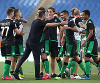 Football, Serie A: S.S. Lazio - Sassuolo, Olympic stadium, Rome, July 11, 2020. <br /> Sassuolo's coach Roberto De Zerbi celebrate with his players after winning 2-1 the Italian Serie A football match between S.S. Lazio and Sassuolo at Rome's Olympic stadium, Rome, on July 11, 2020. <br /> UPDATE IMAGES PRESS/Isabella Bonotto