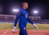 SAN PEDRO SULA, HONDURAS - SEPTEMBER 8: Ethan Horvath #18 of the United States warms up before a game between Honduras and USMNT at Estadio Olímpico Metropolitano on September 8, 2021 in San Pedro Sula, Honduras.