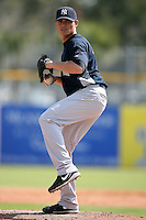 February 25, 2009:  Pitcher Dan Giese (39) of the New York Yankees during a Spring Training game at Dunedin Stadium in Dunedin, FL.  The New York Yankees defeated the Toronto Blue Jays 6-1.   Photo by:  Mike Janes/Four Seam Images