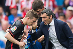 Coach Ernesto Valverde Tejedor (R) of Athletic Club talks with Iker Muniain Goni (L) of Athletic Club during their La Liga match between Atletico de Madrid vs Athletic de Bilbao at the Estadio Vicente Calderon on 21 May 2017 in Madrid, Spain. Photo by Diego Gonzalez Souto / Power Sport Images