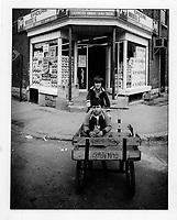 Depanneur, Hull-Ottawa, circa 1975<br /> (date inconnue)<br /> <br /> PHOTO : Agence Quebec Presse