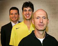 17-02-2005,Rotterdam, ABNAMROWTT , Rohan Goetske de trainer van Ancic en voorheen voor vele jaren de trainer van Krajicek.