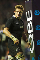 A dejected Richie McCaw of New Zealand after losing the Hilary Shield between England and New Zealand at Twickenham on Saturday 01 December 2012 (Photo by Rob Munro)