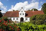 Denmark, Jutland, Møgeltønder: Gatehouse of Schackenborg, royal castle given to Field Marshal Hans Schack, victor of the battle of Nyborg in 1661 | Daenemark, Juetland, Møgeltønder: Eingangsgebaeude zum Schloss Schackenborg