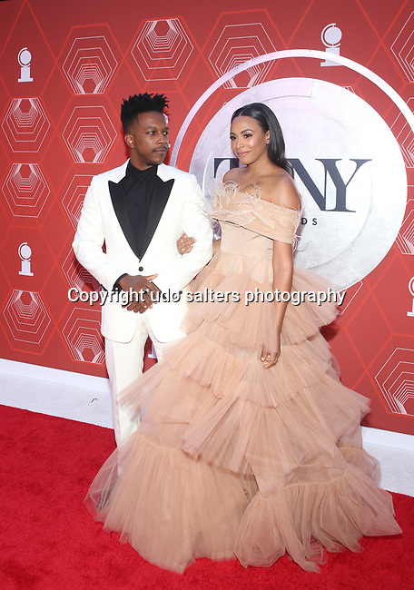 Leslie Odom Jr. and Nicolette Robinson attend the 74th Tony Awards-Broadway's Back! arrivals at the Winter Garden Theatre in New York, NY, on September 26, 2021. (Photo by Udo Salters/Sipa USA)