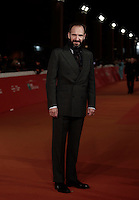"""British actor Ralph Fiennes poses on the red carpet as he arrives for a special screening of the movie """"The English Patient"""" during the international Rome Film Festival at Rome's Auditorium, 22 October 2016. The Film Festival celebrates one of the most beloved of Cinema History 'The English Patient' by Anthony Minghella, released twenty years ago (in 1996). <br /> UPDATE IMAGES PRESS/Isabella Bonotto"""
