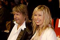 RENAUD<br /> 19 e VICTOIRES DE LA MUSIQUE<br /> 2004/02/28<br /> Credit  : Cisfr/DALLE