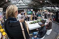 """11. re:publica-Konferenz in Berlin<br /> Vom 8. bis 10. Mai 2017 findet in Berlin die elfte re:publica-Konferenz in Berlin unter dem Motto """"Love Out Loud"""" statt. Die Veranstalter wollen mit dem Motto """"Love Out Loud!"""" (LOL fuer positiv Denkende) ein """"Zeichen fuer Engagement und Emanzipation in der digitalen Gesellschaft setzen"""".<br /> Die Konferenz zum Thema Internet und digitale Gesellschaft bietet auf bis zu 18 Buehnen parallel mehr als 500 Stunden Programm. Ein guter Teil davon dreht sich um netzpolitische Fragestellungen aller Art. Erwartet werden ca. 8.000 Veranstaltungsteilnehmer.<br /> Im Bild: Virtual Reality-Brillen am Stand des Internet-Konzern Google.<br /> 8.5.2017, Berlin<br /> Copyright: Christian-Ditsch.de<br /> [Inhaltsveraendernde Manipulation des Fotos nur nach ausdruecklicher Genehmigung des Fotografen. Vereinbarungen ueber Abtretung von Persoenlichkeitsrechten/Model Release der abgebildeten Person/Personen liegen nicht vor. NO MODEL RELEASE! Nur fuer Redaktionelle Zwecke. Don't publish without copyright Christian-Ditsch.de, Veroeffentlichung nur mit Fotografennennung, sowie gegen Honorar, MwSt. und Beleg. Konto: I N G - D i B a, IBAN DE58500105175400192269, BIC INGDDEFFXXX, Kontakt: post@christian-ditsch.de<br /> Bei der Bearbeitung der Dateiinformationen darf die Urheberkennzeichnung in den EXIF- und  IPTC-Daten nicht entfernt werden, diese sind in digitalen Medien nach §95c UrhG rechtlich geschuetzt. Der Urhebervermerk wird gemaess §13 UrhG verlangt.]"""