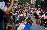 An impressive surge up the final climb by eventual winner Bob Jungels (LUX/Quick-Step Floors) in Bergamo, cheered on by massive crowds all the way up the steepest section<br /> <br /> Stage 15: Valdengo › Bergamo (199km)<br /> 100th Giro d'Italia 2017