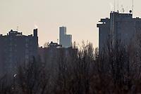 Milano, Palazzo Lombardia, sede della regione, visto dalla periferia nord --- Milan, Palazzo Lombardia, headquarter of Lombardy region, seen from north periphery