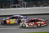 #18: Kyle Busch, Joe Gibbs Racing, M&M's Fudge Brownie Toyota Camry and #12: Ryan Blaney, Team Penske, DEX Imaging Ford Mustang
