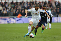 Pictured:  Saturday 30 March 2013<br /> Re: Barclay's Premier League, Swansea City FC v Tottenham Hotspur at the Liberty Stadium, south Wales.