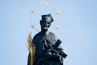 Tschechien, Prag, Karlsbruecke, St. Nepomuk, Unesco-Weltkulturerbe