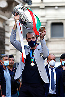 Giorgio Chiellini raises the cup during the visit of the Italian National team at Palazzo Chigi, where the athletes met the Italian Premier after winning the UEFA Euro 2020 cup.<br /> Rome (Italy), July 12th 2021<br /> Photo Samantha Zucchi Insidefoto