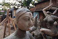 Indien, Kalkutta (Kolkata), Lehmpuppen für Kali-Fest