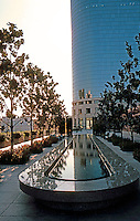 Los Angeles: Museum of Contemporary Art. Arata Isozaki. Photo '87.