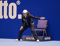 Rotterdam, Netherlands, December 14, 2016, Topsportcentrum, Lotto NK Tennis,  Umpire <br /> Photo: Tennisimages/Henk Koster
