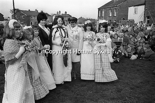 May Queen attendants and mother Gawthorpe May Queen Yorkshire 1974<br /> May Queen Susan White accompanied by her six Maids of Honour.