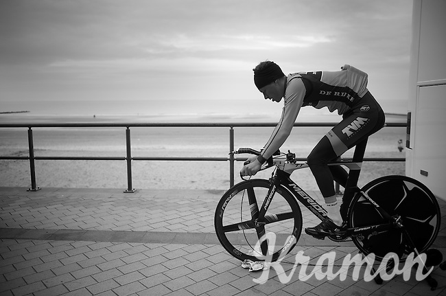 Warming up next to the North Sea<br /> <br /> 3 Days of West-Flanders 2014<br /> day 1: TT/prologue Middelkerke 7,0 km