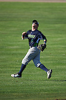 Vermont Lake Monsters second baseman Trace Loehr (6) during a game against the Batavia Muckdogs August 9, 2015 at Dwyer Stadium in Batavia, New York.  Vermont defeated Batavia 11-5.  (Mike Janes/Four Seam Images)