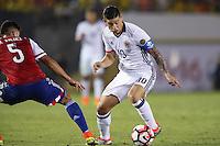 Pasadena, CA - Tuesday June 07, 2016: Colombia midfielder James Rodríguez (10) and Paraguay defender Bruno Valdez (5) during a Copa America Centenario Group A match between Colombia (COL) and Paraguay (PAR) at Rose Bowl Stadium.