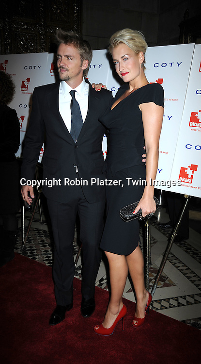 Sarah O'Connor and guest posing for photographers at The DKMS' 4th Annual Gala: Linked Against Leukemia at Cipriani 42nd Street on April 29, 2010 in New York City.