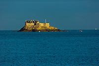 Europe/France/Bretagne/35/Ille et Vilaine/Côte d'Emeraude/Dinard: Le fort de l'île Harbourg //  France, Ille et Vilaine, Cote d'Emeraude (Emerald Coast), Dinard, Fort Island Harburg