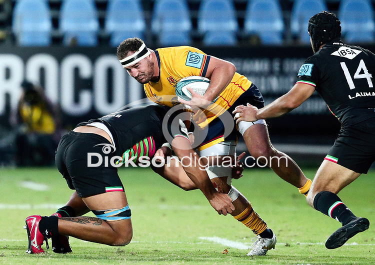 2 October 2021; Rob Herring of Ulster is tackled by Potu Junior Leavasa of Zebre during the United Rugby Championship match between Zebre and Ulster at Stadio Sergio Lanfranchi in Parma, Italy. Photo by Roberto Bregani/Dicksondigital